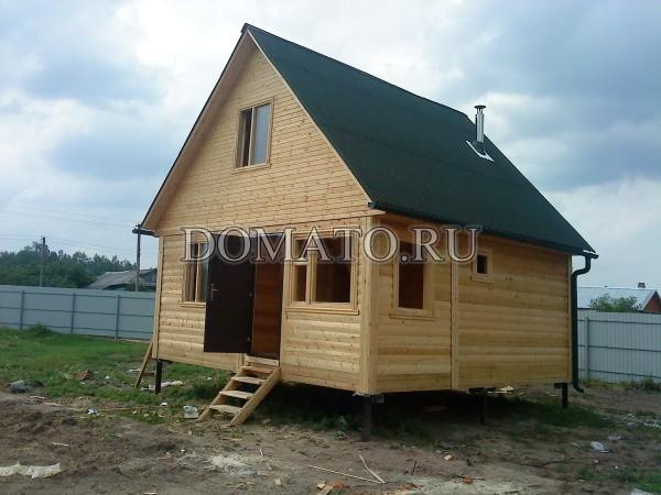 Дом с кровлей ондулин(зелёный)