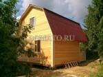 Дом с кровлей ондулин(красный)