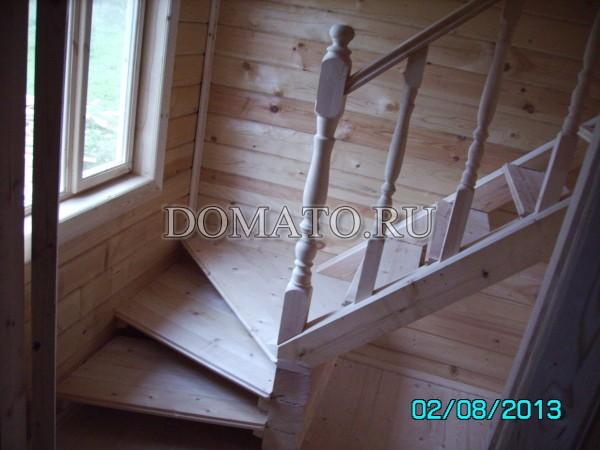Точёные(круглые) балясины в ограждениях лестницы