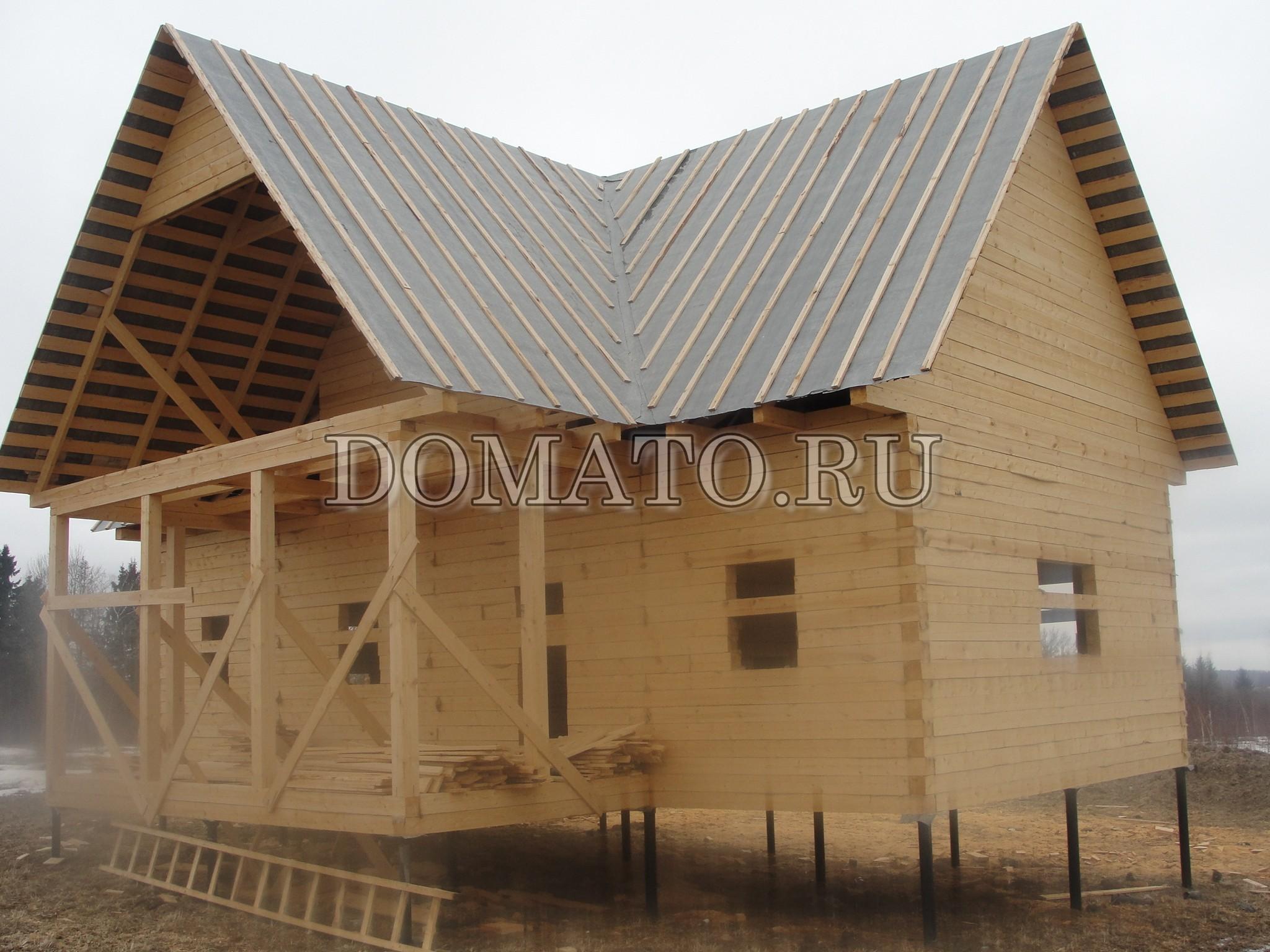 трёхфронтонная крыша